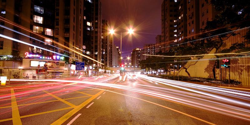 Chiếu sáng đường: đèn LED và đèn HPS