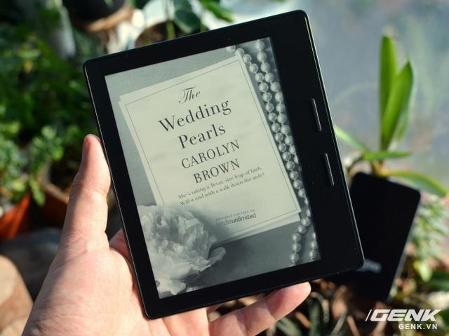 Máy đọc sách tuyệt vời nhất thế giới, màn hình có khả năng tự xoay, hệ thống 10 đèn LED, siêu mỏng