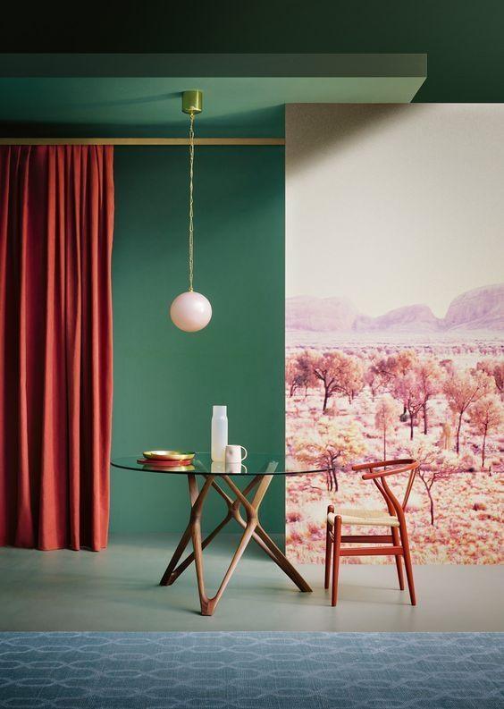Bàn tiếp khách là thứ yếu trong một phòng khách Minimalism, nhưng không vì thế mà thiết kế của nó không được chú ý. Ngược lại, tổng thể đơn giản nhưng chi tiết cấu tạo hoặc vật liệu của bàn khách phải thật tuyệt hảo.