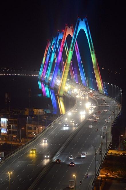 Những công trình chiếu sáng đẳng cấp tô đẹp Hà Nội ảnh 3