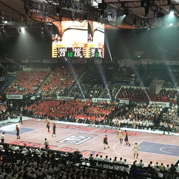Chán sân truyền thống, người Nhật đã tạo ra sân bóng rổ điện tử đầu tiên trên thế giới - Ảnh 6.