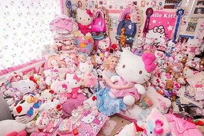 Bạn có thể mua thêm nhiều vật dụng trang trí phòng ngủ tại chợ tốt – Nguồn: megafun.vn