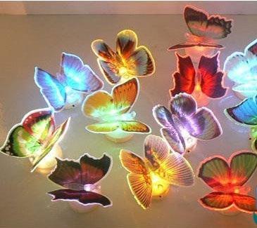 Với những bóng đèn như thế này trong phòng các bé, sẽ giúp bé luôn có cảm giác tò mò khám phá thiên nhiên, và giúp bé nhà bạn thân thiện với môi trường xung quanh hơn