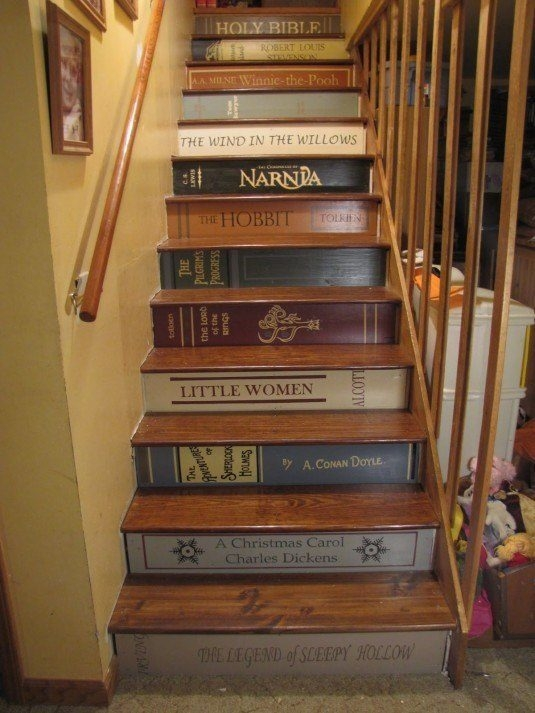 New-artistic-bookshelf-staircase-completed-by-filling-rectangle-slab-and-vintage-wooden-stairs-535x713