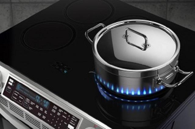 Samsung sử dụng đèn LED làm lửa giả trên bếp cảm ứng