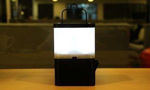 Đèn LED chiếu sáng suốt 8 tiếng chỉ nhờ một cốc nước muối