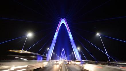 Những công trình chiếu sáng đẳng cấp tô đẹp thêm cho Hà Nội